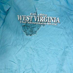 Gildan Tops - Blue West Virginia tee shirt